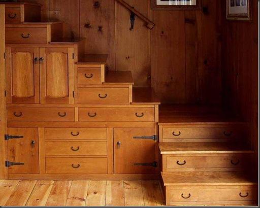 drawers-built-under-stair-storage2