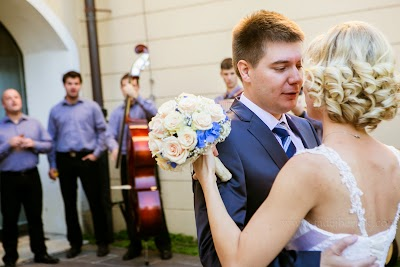 porocni-fotograf-wedding-photographer-poroka-fotografiranje-poroke- slikanje-cena-bled-slovenia-ljubljana-bled-hochzeitsfotografho (73).jpg