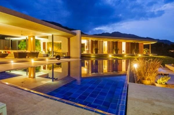 casa-moderna-con-piscina-Arquitectura-en-Estudio