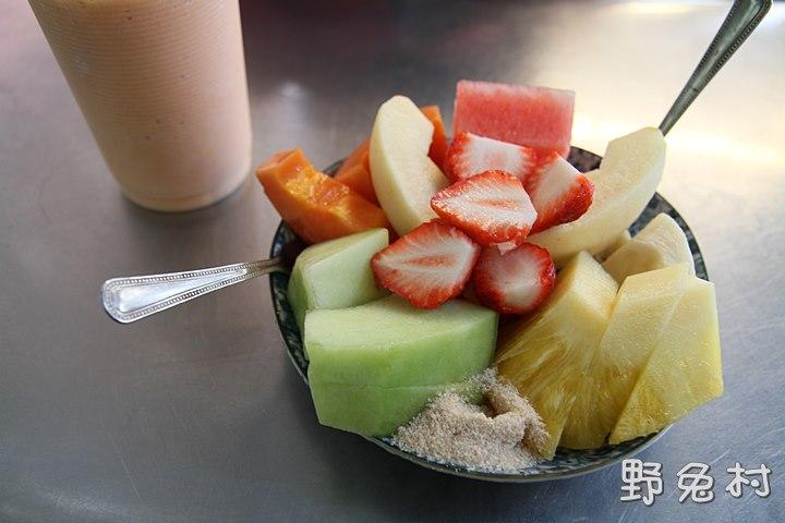 [臺南-美食] 阿田水果店-超美味的木瓜牛奶 @ FUN 攝影 Kerwin 的野兔部落 :: 痞客邦