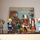 Playmobil Peopledes-7.jpg