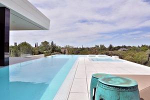piscina-Balcony-House-por-A-cero