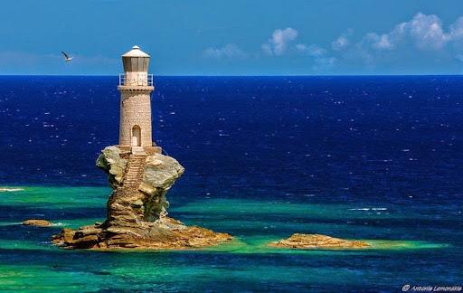 tourlitis-lighthouse-1