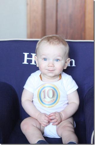 hayden 10 months 053