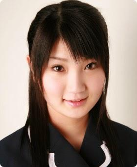2006年AKB48プロフィール_駒谷仁美.jpg