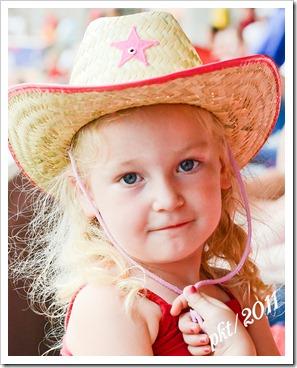 DSC_3505Kaylin-cowboy-hat