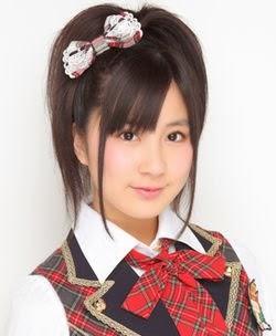 250px-2010年AKB48プロフィール_小野恵令奈_2.jpg