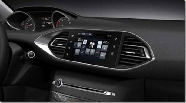 Novo-Peugeot-308-2014-interior (1)