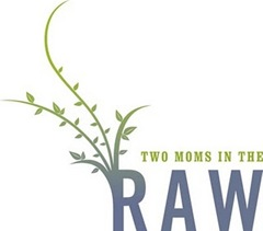 twomomsintheraw