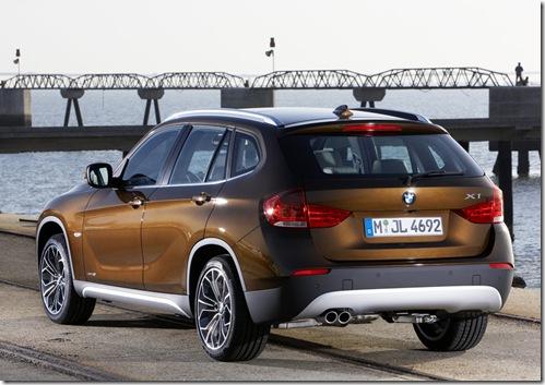 BMWX1_3