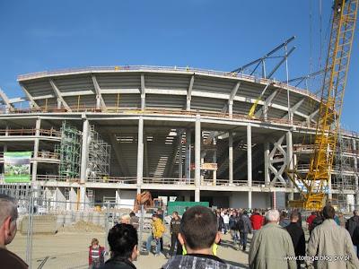 Stadion z zewnątrz