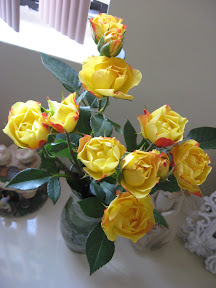 pretty tea roses