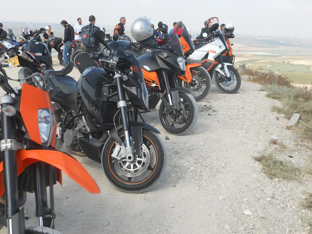 טיול מועדון כביש של KTM