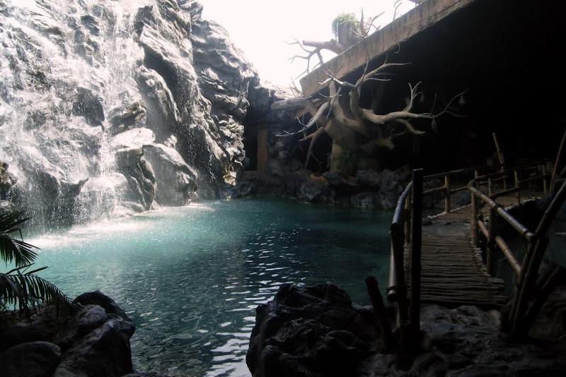 Relax at Guhantara Resort