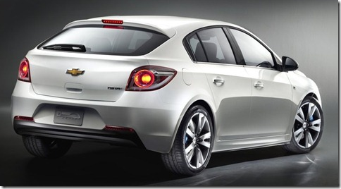 Chevrolet-Cruze_Hatchback_2012_800x600_wallpaper_03