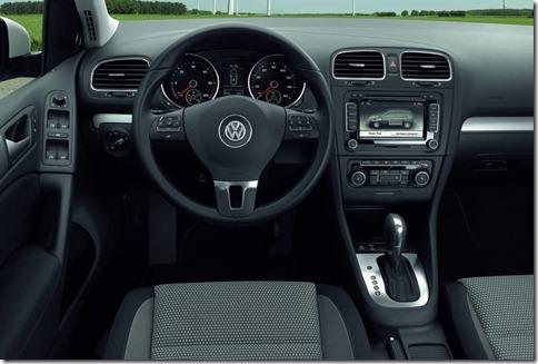 Volkswagen-Golf_blue-e-motion_Concept_2010_800x600_wallpaper_11