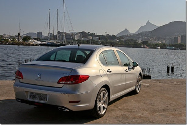 Peugeot 408 Brasil  2012 (9)