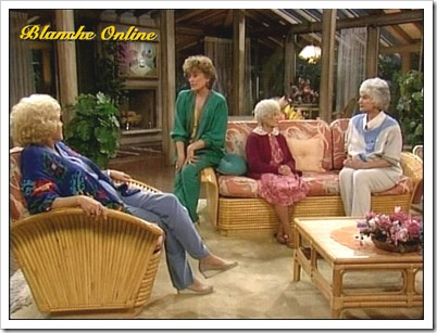 best tv watching chair mamaroo high diy newlyweds: home decorating ideas & projects: golden girls house: modernized