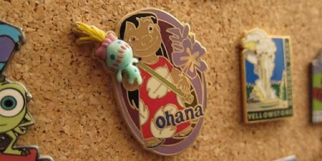 Lilo lapel pin