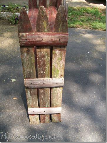picket fence plant shelf 2