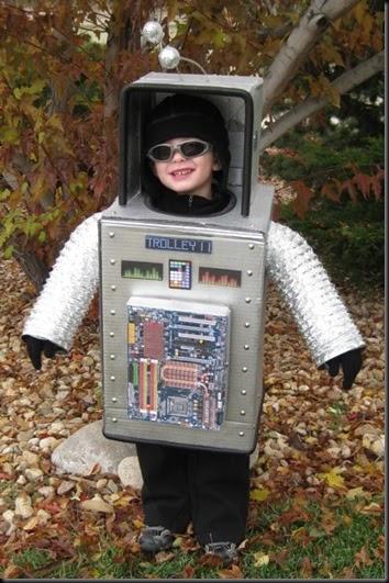 Como hacer un disfraz de robot con caja de cartn