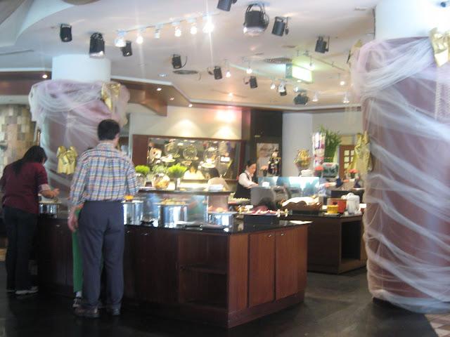立德臺大尊賢會館。歐式自助餐 @ 食神高的美食報報 :: 痞客邦