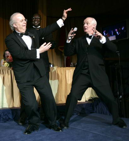 MC Rove dances at the WH Correspondents Dinner in 2006.  A date that will live in infamy.