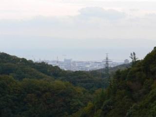 天端より神戸市街地、瀬戸内海を望む
