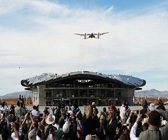 foster-and-partners-aeropuerto-espacial-arquitectura-high-tech