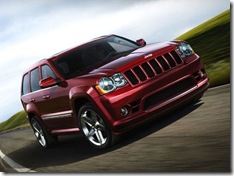 163_news081022_00z 2009_jeep_grand_cherokee_srt8 front_rolling_view