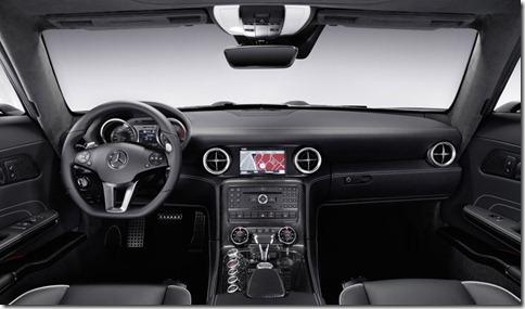 Mercedes-Benz-SLS_AMG_2011_800x600_wallpaper_76