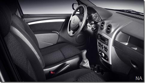 Renault_Logan_Up__Imagem_05_BAIXA