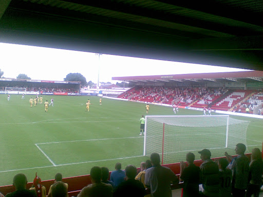Kidderminster score to even the game up.