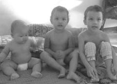 wekkss ini dia trio anakku ..