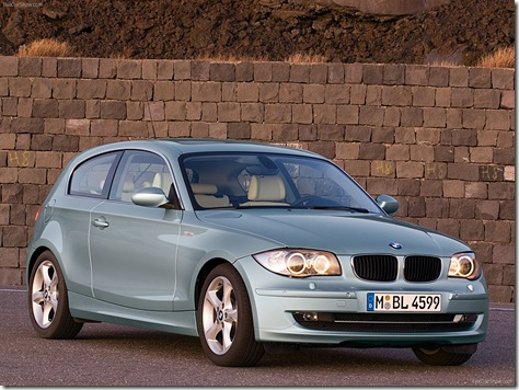 BMW-1-Series_3-door_2008_1600x1200_wallpaper_07