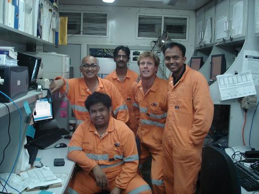Crew Pekerja rekan Mimbar