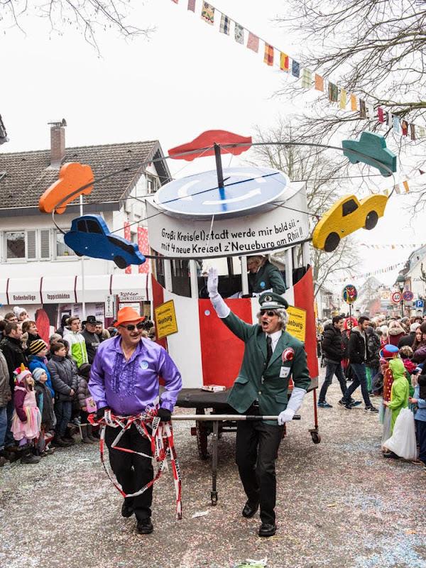 Neuenburg wird großi Kreis(el)stadt - Fasnachtsumzug 2015 (1/6)