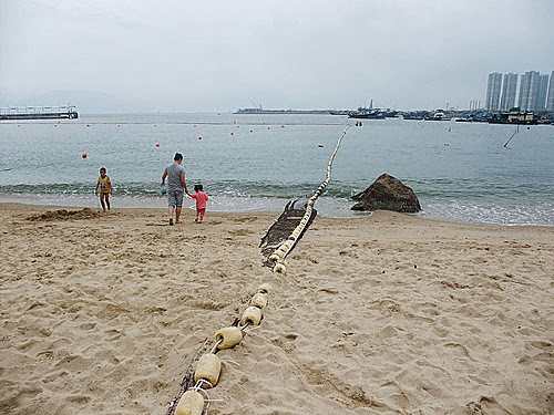 L J 的光影紀錄: 屯門-青山灣泳灘