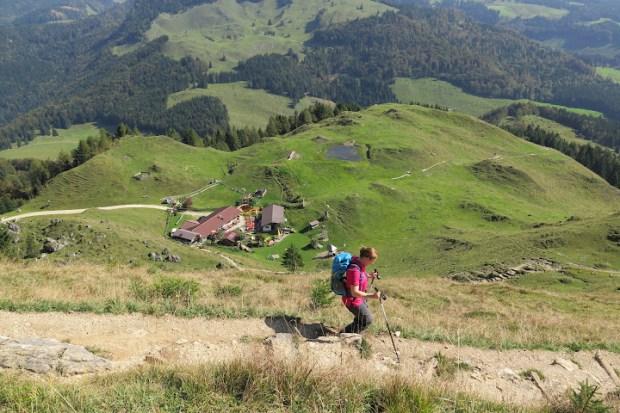 Zwischen Hütte und Gipfel ist der Weg recht steil