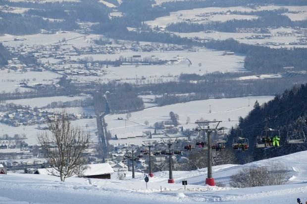 Immer mehr Skifahrer zog es nach oben
