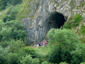 Zooming to Thors Cave