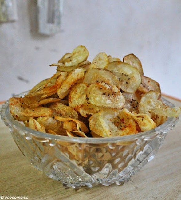 raw banana chips recipe (vazhakkai chips)