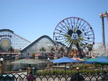 Ama Traveler Disneyland & Disney California Adventure Park