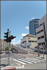 Фото: Субботний Тель Авив: Дизенгофф центр
