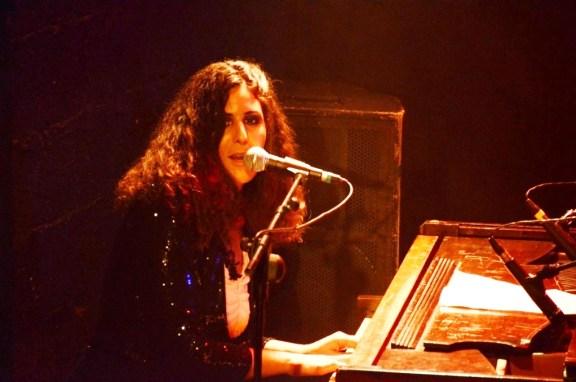 מורן מגל, פסנתר ושירה. צילום: יובל אראל