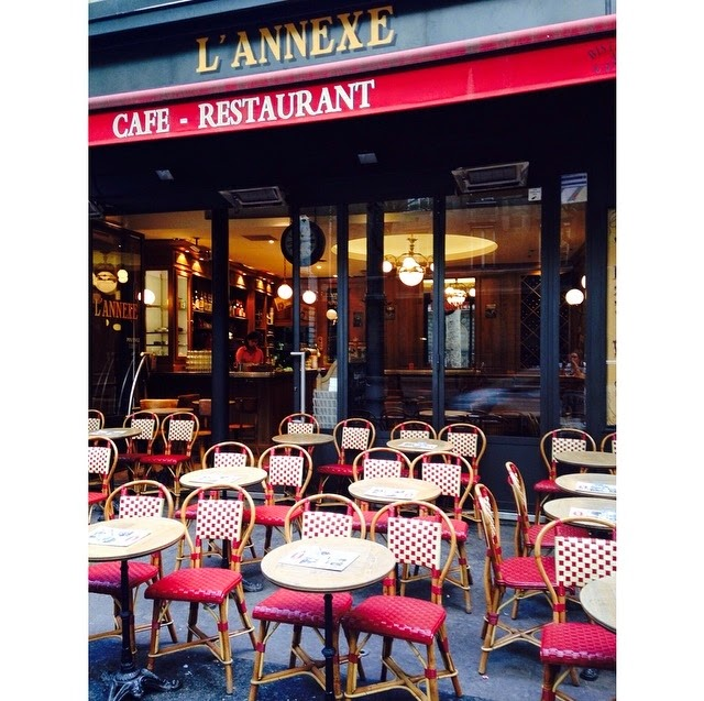 picture of french cafe