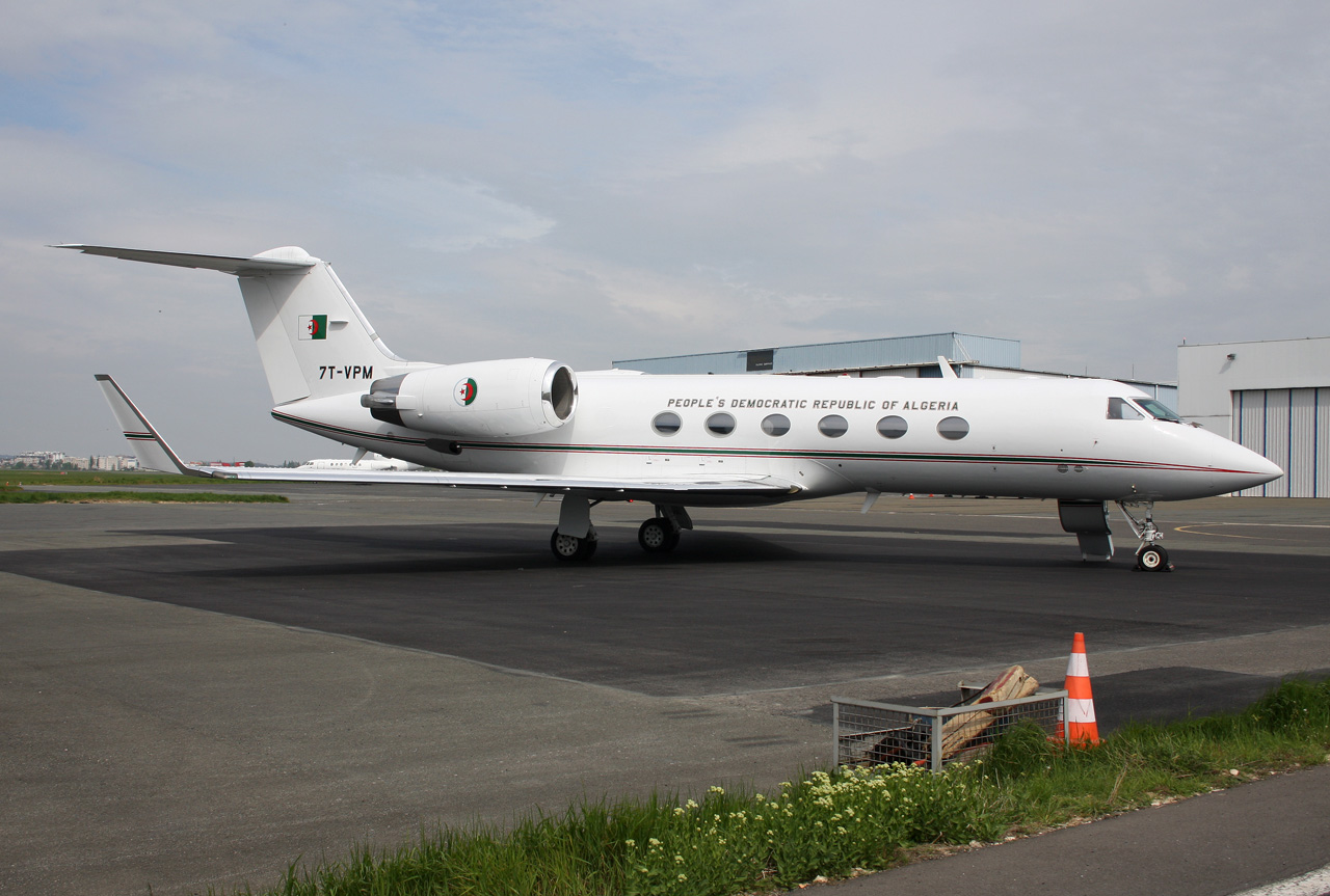 hight resolution of 2e escadre de transport tactique et logistique gulfstream iv sp
