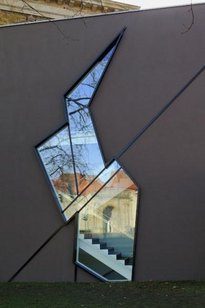 Eine ungewöhnliche Architektur bietet das Felix-Nussbaum-Haus