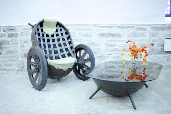 Muebles hechos con minas.