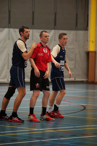 handbal defence